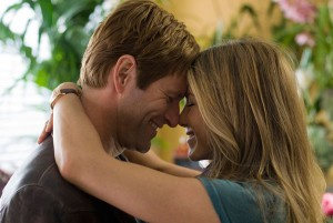 Love Happens movie scene with Aaron Eckhart and Jennifer Aniston