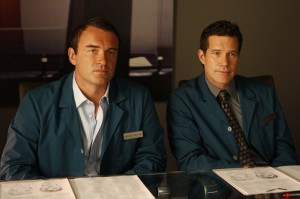 Nip/Tuck TV show scene with Julian McMahon and Dylan Walsh