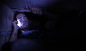 Buried movie scene with Ryan Reynolds