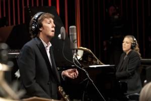 Paul McCartney's Live Kisses scene