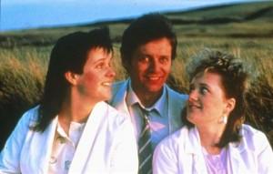 Rita, Sue and Bob Too movie scene