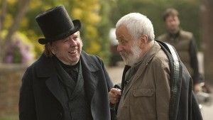 Timothy Spall (l.) and Mike Leigh on the set of Mr Turner.