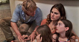 Owen Wilson, Lake Bell and family struggle to survive in No Escape
