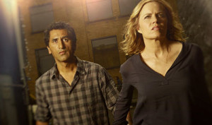 Kim Dickens and Cliff Curtis at the dawn of the zombie apocalypse in Fear the Walking Dead.