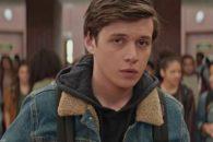 Fresh, winning romantic comedy-drama of a closeted gay teenager.